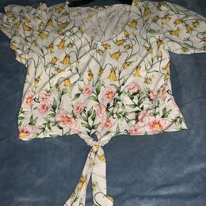 Tops - Flower cropped top and a leaf pattern body suit